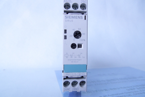 SIEMENS TIME RELAY P1050792
